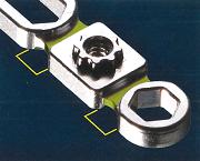 2本のi-screwの高さが異なってもi-platformが装着可能